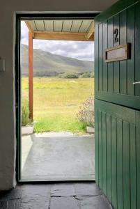 cot 2 door